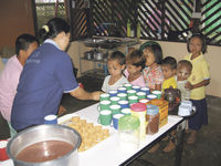 NZers work with Burmese refugees in Thailand Archdiocese of Wellington