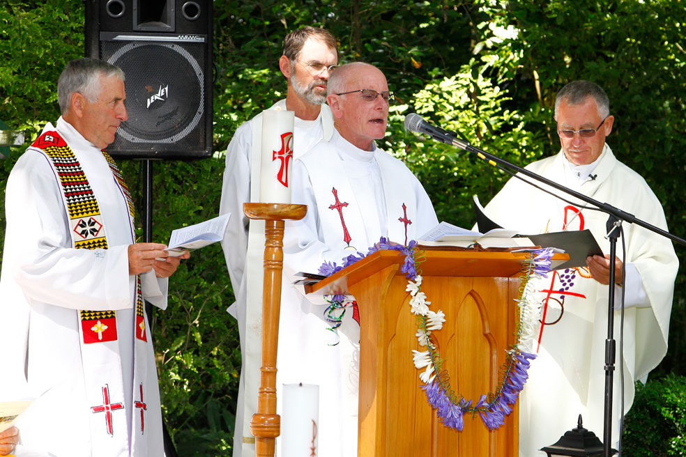 Levin/Otaki parishes celebrate union Archdiocese of Wellington