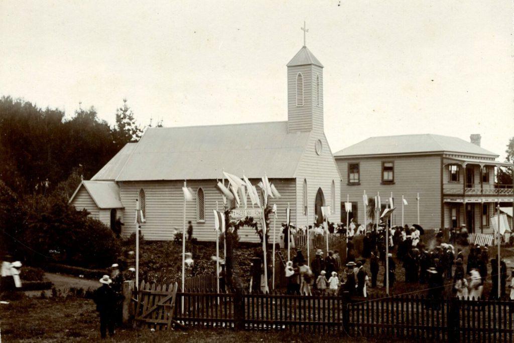 Ōtaki Church and convent at Pukekaraka c1904.