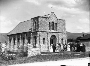 Church of the Sacred Heart, Takaka [ca 1917-1920]. Photo: Frederick Nelson Jones ca 1920 (Alexander Turnbull Library, Ref: 1/2-026230-G)