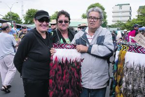 Melissa Paul with Pauline and John Crawford on their visit to Otara Market.
