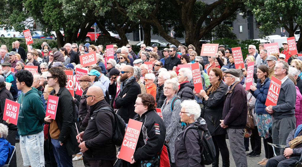 Protestors say 'No' to Euthanasia Bill Archdiocese of Wellington