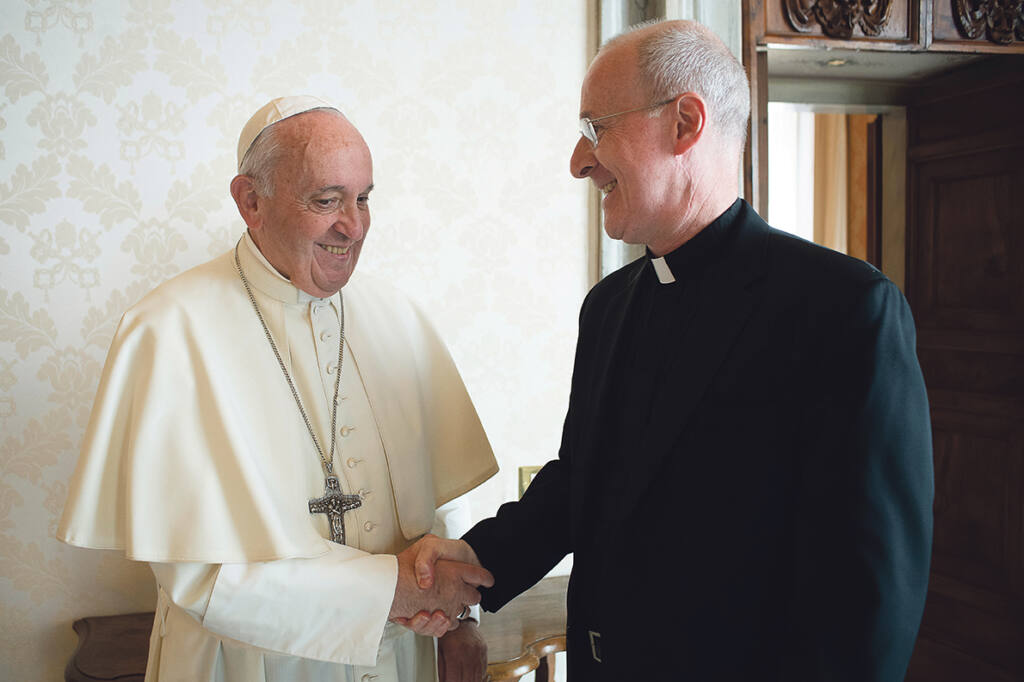 Pope Francis encourages Jesuit Fr James Martin in his LGBT ministry Archdiocese of Wellington