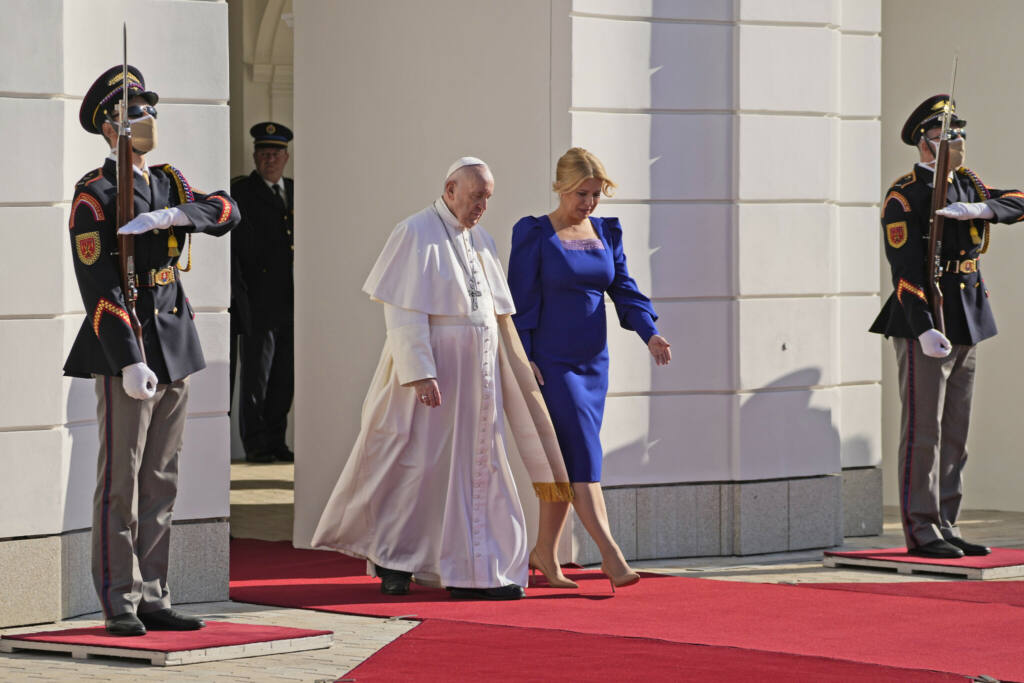 Pope warns of 'self-absorption' Archdiocese of Wellington
